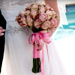 872.150131.131102_bridal tied bunch just roses r460